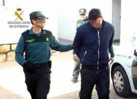 La Guardia Civil detiene a un individuo acusado de agredir a su expareja y cometer diversos robos en Totana