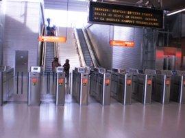 El Metro ampliará el WiFi a todas las estaciones de las líneas 1 y 2 en cinco años
