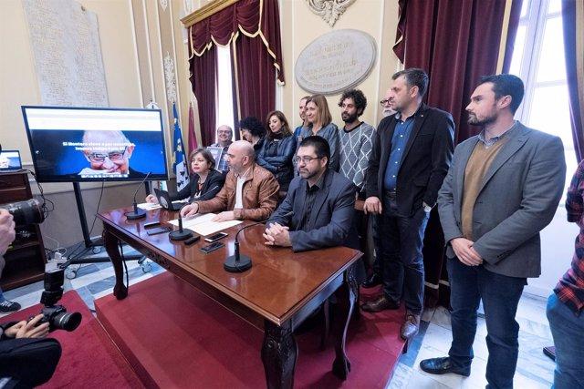 Representantes de la Red Municipalista contra la Deuda Ilegítima y los Recortes
