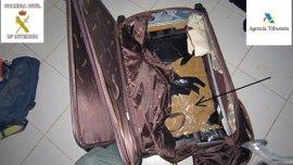 Detenido un varón que intentaba huir al ser descubierto con droga en su maleta cuando accedió desde Marruecos a Melilla