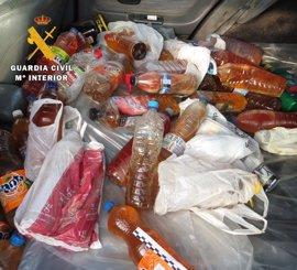 Dos detenidos en Burgos por sustraer aceite residual doméstico de un contenedor urbano