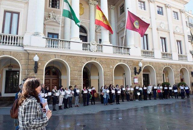 Concentración en Cádiz por el Día de la Mujer