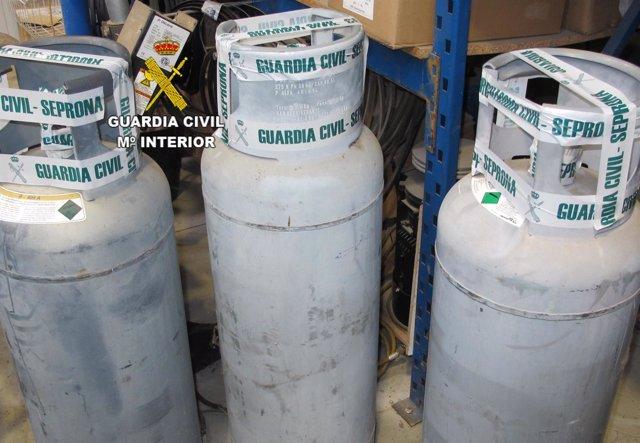 Zamora: Botellas De Gas Incuatadas