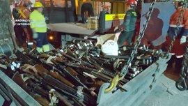 La Guardia Civil destruye casi cuatro toneladas de armas mediante fundición