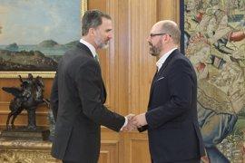 """El alcalde de Santiago, """"muy optimista"""" con que se convoque el Real Patronato este año tras reunirse con El Rey"""