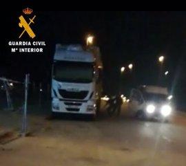 Tres detenidos en Valmojado (Toledo) pertenecientes a un grupo especializado en robo de camiones