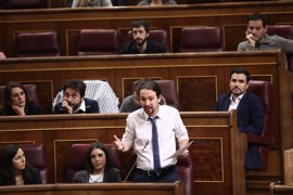 Seis militantes expulsados de Podemos denuncian al partido ante la Justicia