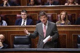 """Catalá reprocha al PSOE su """"violencia dialéctica"""" por los nombramientos en Fiscalía y defiende que no hubo purga"""