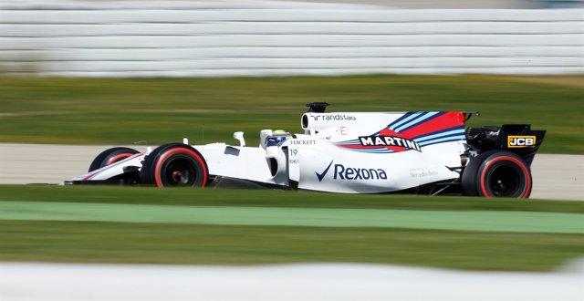 Felipe Massa en los entrenamientos de pretemporada en Montmeló