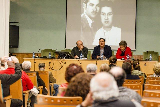Agustín Belmonte presenta oficialmente 'Barrio Alto. Los paraísos perdidos'.