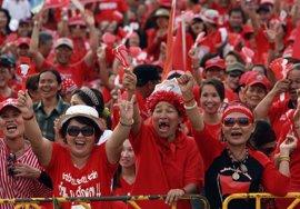 Condenado a dos años de prisión un líder de los 'camisas rojas' de Tailandia por un discurso de 2010