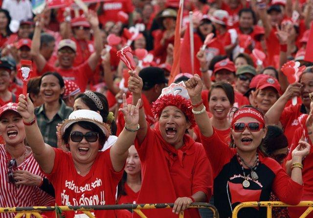 Camisas rojas en Tailandia