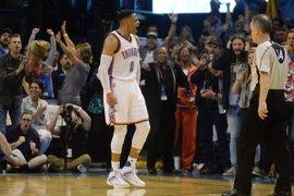 Abrines contempla los 58 puntos sin premio de Westbrook