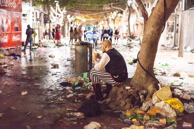 ZiREjA-cara b carnaval de tenerife-residuos-basura-0827