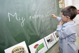 Plan de choque para formar a profesores en lenguas: 5.260 plazas en inglés, 1.540 en valenciano y 1.500 a la carta