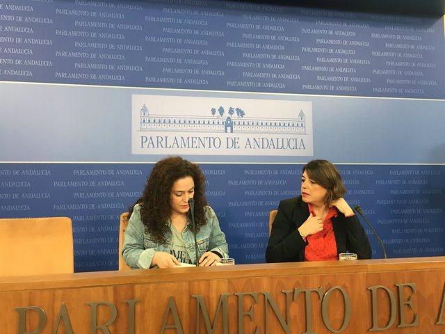 Inmaculada Nieto y Elena Cortés, este miércoles en rueda de prensa