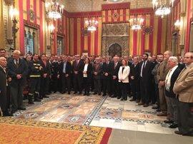 Colau lamenta que entre los 59 nuevos Bomberos de Barcelona no hay ninguna mujer