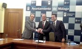 PP y Cs acuerdan 73 medidas para aprobar los presupuestos de 2017 en el Ayuntamiento de Málaga