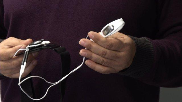 Un dispositivo permite rehabilitar el suelo pélvico desde casa