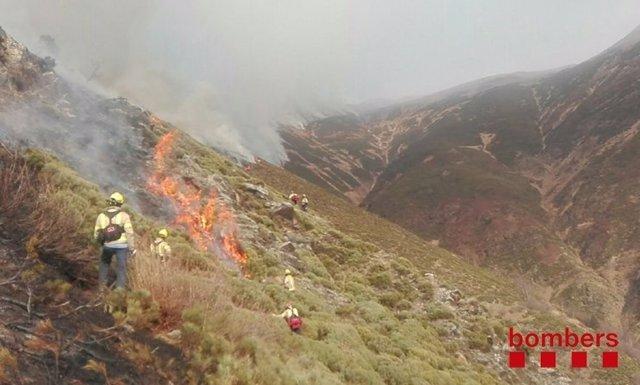 Incendio forestal en Garòs (Lleida)