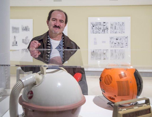 Daniel Torres en la exposición del IVAM