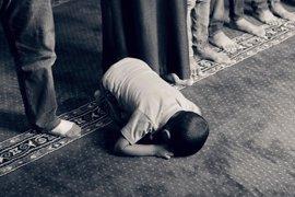 Cómo evitar que el rezo musulmán cause problemas de espalda