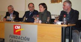 Convocan el premio de investigación Arturo Pérez-Reverte