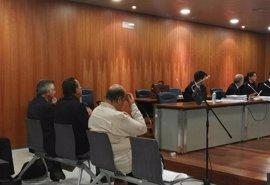 Absuelven a Roca y condenan a multa a Julián Muñoz por irregularidades urbanísticas tras un convenio