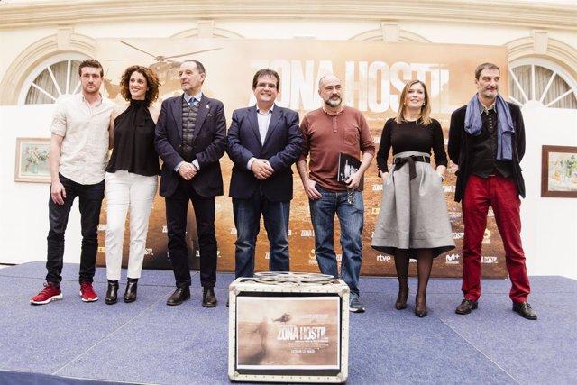 El equipo de 'Zona Hostil' preestrena este jueves su película en Almería.