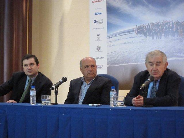 Jorge Muñiz, Joaquín Pixán Y Antonio Gamoneda