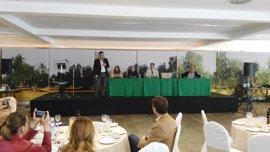 La Junta anima al sector oleícola andaluz a aprovechar su posición para consolidar el liderazgo mundial