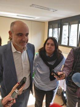 Director La Enseñanza, Feliz Ruiz, y presidente del APA, Ana Riva