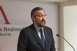 """Víctor Martínez (PP) dice que un tripartito sería """"demoledor"""" para los intereses de la Región"""