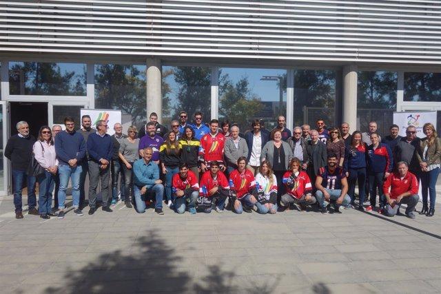 La consellera Ruth Mateu con clubes deportivos