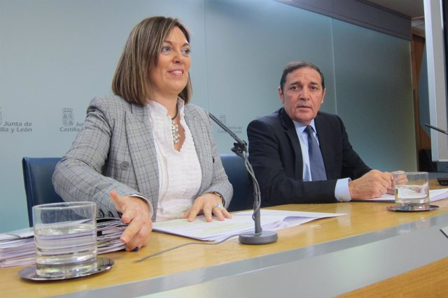 Valladolid. Marcos junto a Sáez Aguado tras el Consejo