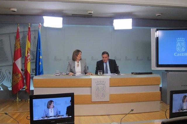 Valladolid. Marcos y Sáez Aguado tras el Consejo de Gobierno