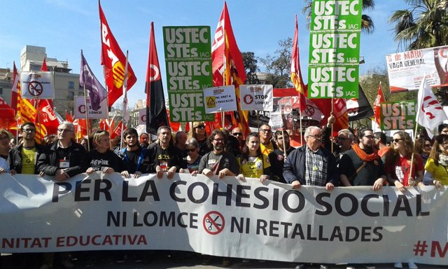 Manifestación en Barcelona contra la Lomce