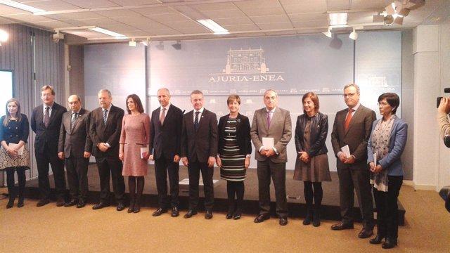 Urkullu con los consejeros del Gobierno vasco