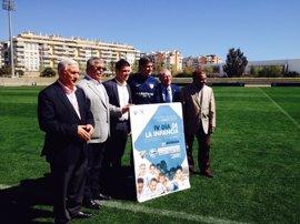 Diputación y el Málaga C.F. llevarán a los niños de la provincia a La Rosaleda en el Día de la Infancia