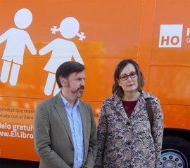 La viguesa a la que el Supremo permitió cambiar de sexo defiende el autobús de Hazte Oír
