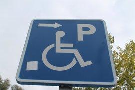 Arranca en abril una campaña de control de uso indebido de tarjetas de estacionamiento de personas de movilidad reducida