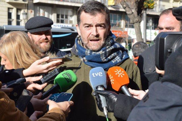 El coordinador general de IU Andalucía, Antonio Maíllo, en Granada