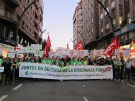 Varios miles de personas claman en Murcia por la educación pública y la derogación inmediata de la LOMCE