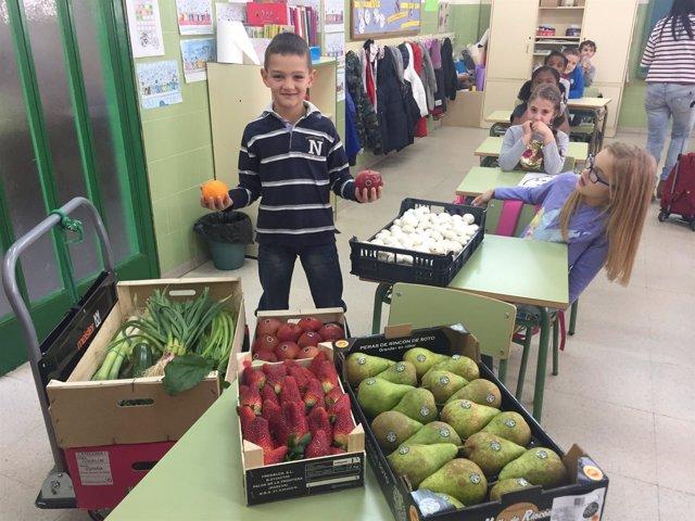 Lorenzo Ortega, alumnos del CEIP Duquesa de la Victoria gana concurso Frutirioja