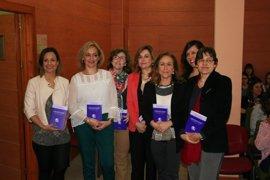 Un libro sobre sexismo lingüístico en prensa deportiva gana el premio de la Cátedra Leonor de Guzmán