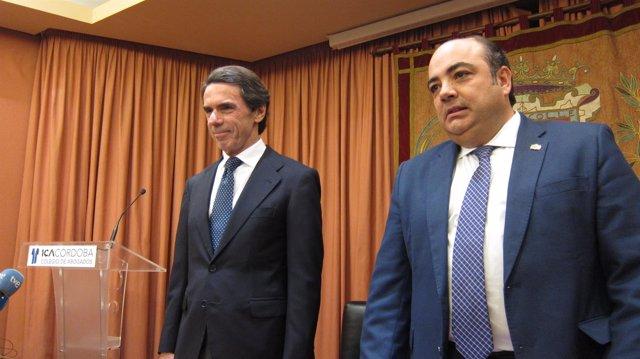 José María Aznar con el decano del Colegio de Abogados de Córdoba
