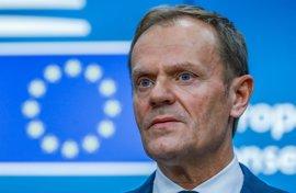 """Tusk dice que tratará de evitar el """"aislamiento político"""" de Polonia tras intentar vetar su reelección"""