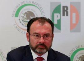 """Videgaray dice a EEUU que las decisiones sobre quién entra al país """"las toma México y solamente México"""""""