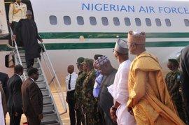 Buhari regresa a Nigeria pero no retomará sus funciones por ahora