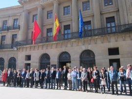 Concentración contra el terrorismo, sin presencia de víctimas de ETA, UPN y PPN